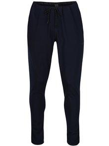 Tmavě modré sportovní tepláky Jack & Jones Autumn