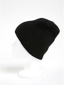 Čierna rebrovaná čiapka ONLY Pinkie