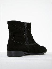 Čierne semišové členkové topánky s prešívanými detailmi Tamaris
