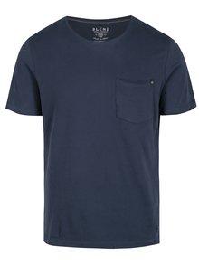 Tmavě modré slim fit tričko s náprsní kapsou Blend