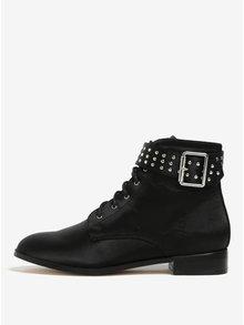 Čierne členkové topánky s ozdobnou prackou Miss Selfridge