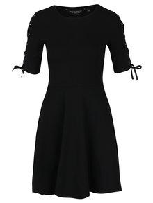 Čierne šaty so šnurovaním na rukávoch Dorothy Perkins