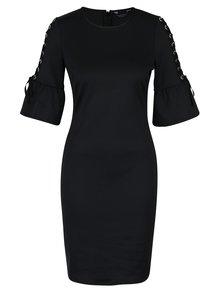 Čierne šaty so zvonovými rukávmi a šnurovaním Dorothy Perkins