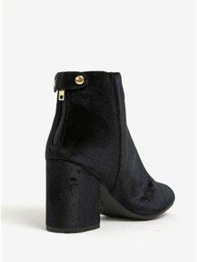 Čierne zamatové členkové topánky na podpätku Dorothy Perkins