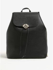 Čierny dámsky batoh s obojstrannou chlopňou Tommy Hilfiger