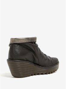 Tmavohnedé dámske kožené členkové topánky na plnom podpätku Fly London