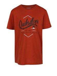 Cihlové klučičí regular fit tričko s potiskem Quiksilver