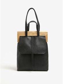 Černá kožená kabelka s dřevěným rámem v přírodní barvě Atribut