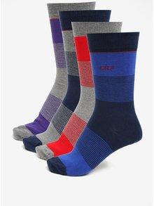 Súprava štyroch párov pánskych ponožiek v modrej, červenej a fialovej farbe CR7