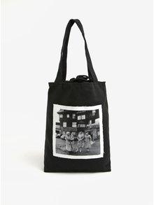 Čierna plátenná taška s nášivkou babičiek La femme MiMi Teta Věra no.5