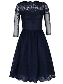 Tmavomodré čipkované šaty s priesvitným sedlom Chi Chi London Darin