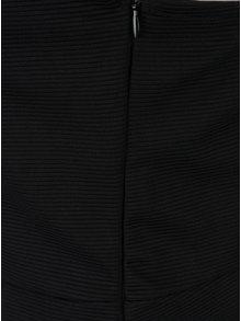 Rochie elastica neagra cu detaliu choker Noisy May New
