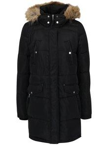 Čierny páperový prešívaný dlhý kabát s umelou kožušinou VERO MODA Fea