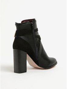 Černé kotníkové boty na podpatku s ozdobnými detaily Miss Selfridge Dallas