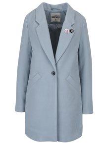 Svetlomodrý kabát s odznakom TALLY WEiJL
