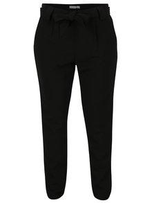 Černé kalhoty s páskem Jacqueline de Yong Dakota
