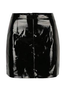 Čierna krátka lesklá sukňa Miss Selfridge