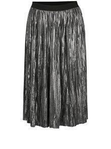 Plisovaná lesklá sukňa v striebornej farbe s jemným vzorom Mela London