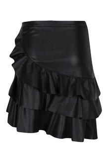 Čierna koženková asymetrická sukňa s volánmi VERO MODA Amanda