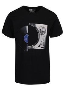 Černé tričko s potiskem Dedicated Stockholm Vinyl Split