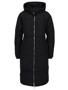 Čierna dlhá prešívaný zimný kabát Miss Selfridge