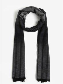 Černo-šedá pánská lehká pruhovaná šála s.Oliver