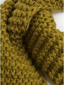 Fular tricotat verde cu franjuri  M&Co
