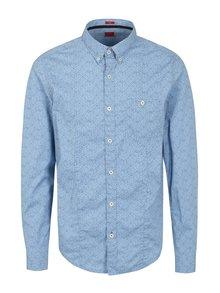 Svetlomodrá pánska vzorovaná slim fit košeľa s.Oliver