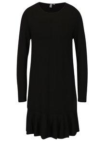 Čierne svetrové šaty s volánom QS by s.Oliver