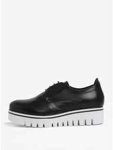 Pantofi negri din piele cu platforma Tamaris