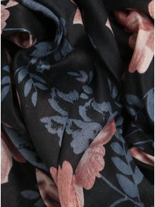 Esarfa neagra lunga cu print floral - Pieces Inata