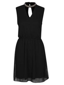 Čierne šaty s korálkovou aplikáciou ONLY Dafne