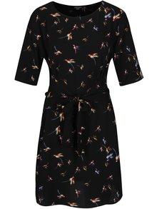 Černé vzorované šaty se zavazováním v pase Jacqueline de Yong Run
