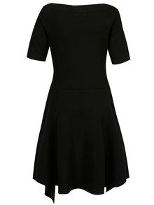 Černé šaty s cípy a kapsami Jana Minaříková