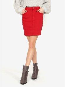 Červená rifľová sukňa MISSGUIDED
