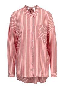 Bielo-červená pruhovaná voľná košeľa s mašľou na chrbte ONLY Bluff