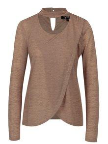 Hnedý prekladaný sveter s chokerom Yest