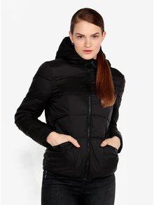 Čierna prešívaná bunda s kapucňou Miss Selfridge