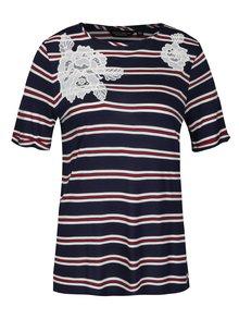 Tmavě modré pruhované tričko s krajkou Dorothy Perkins