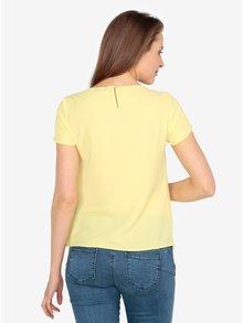 Žlutá halenka s překládanou přední částí M&Co