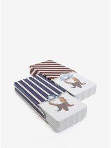 Světle šedý dárkový set s hracími kartami s motivem zvířat Galison