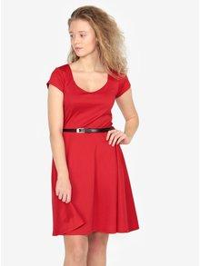 Červené šaty s páskem ZOOT