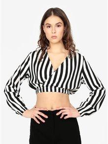 Bluza cropped alb & negru cu print in dungi - MISSGUIDED