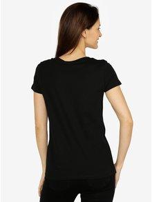 Černé tričko s výšivkou VERO MODA Lola