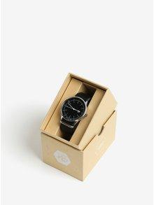 Unisex hodinky v striebornej farbe s čiernym koženým remienkom CHPO Harold