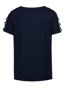 Tmavomodré tričko s prestrihmi na ramenách a rukávoch Yest