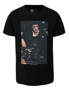Tricou negru cu print imagine din film Dedicated Scarface trust