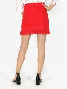 Červená džínová sukně s třásněmi Miss Selfridge