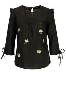 Černá květovaná halenka s volány a výšivkami Dorothy Perkins