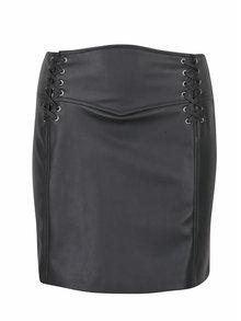 Čierna koženková minisukňa so šnurovaním Miss Selfridge